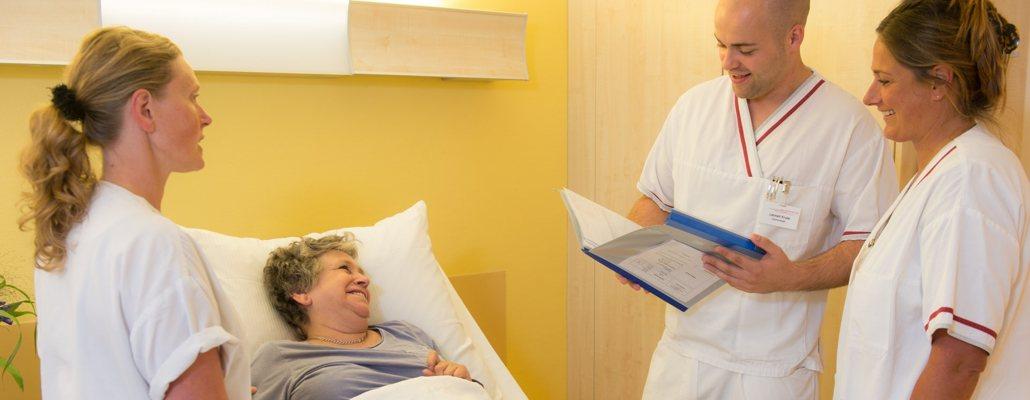Klinik Patientengespraech - Facharztklinik