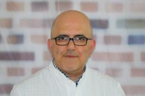 Dr. Iyad Darwich